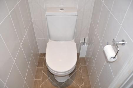 Toilet Detail 2