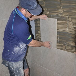 Varying tiling options including tiling over tiles