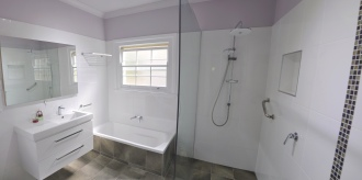 Bruce_Bathroom_Panorama